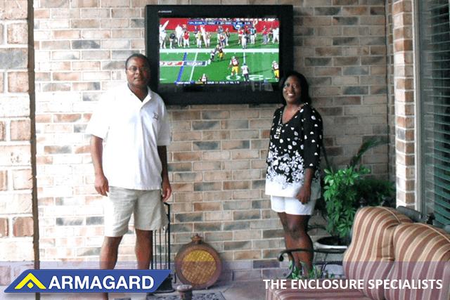 Custodie protettive per TV da esterno per proprietari di case e aziende