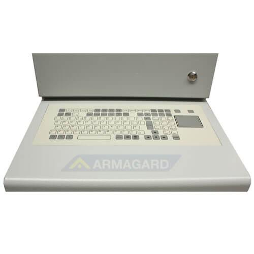 Armadio LCD porta computer - dettaglio della tastiera con touchpad