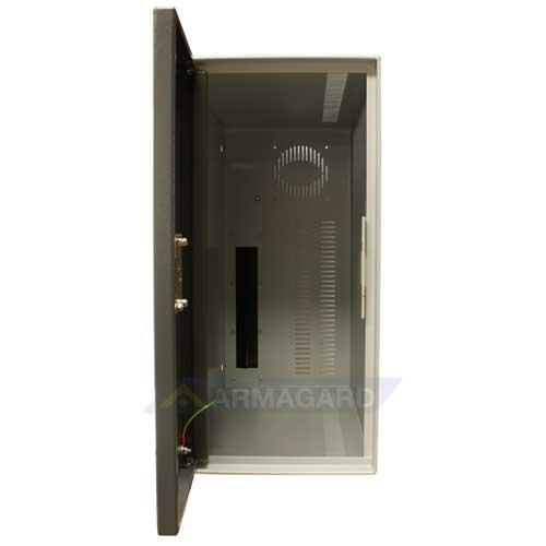 Vani di sicurezza per PC case - frontale con porta aperta
